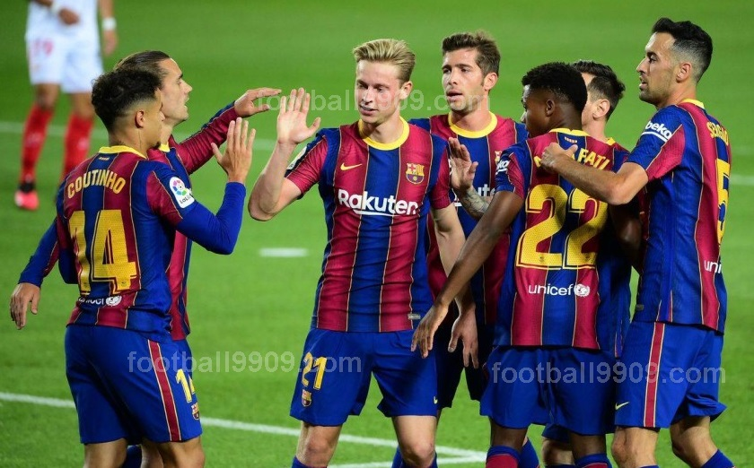 نادى برشلونة شاهد بالفيديو الزى الجديد هذا الموسم ويرتدية فى دورى الابطال